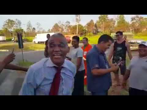 Pastor Isidorio dá saltos mortais na BR-324