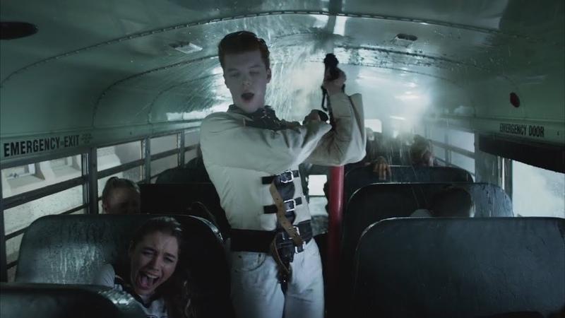 Джером задумал сжечь школьный автобус. Готэм