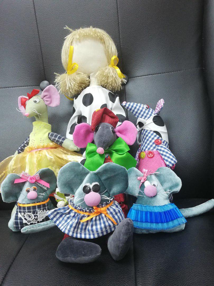 Участницы проекта «Московское долголетие» из Некрасовки изготовили фигурки мышей