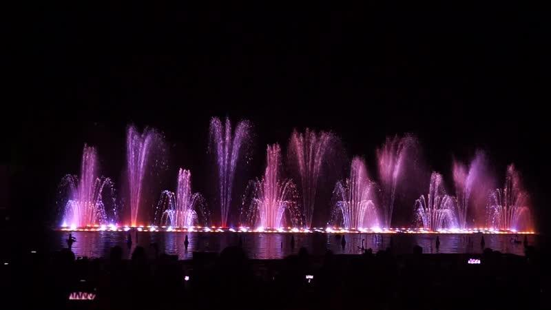Шоу : Магия танцующих фонтанов. Протарас. Кипр. (ч.2. Попурри)