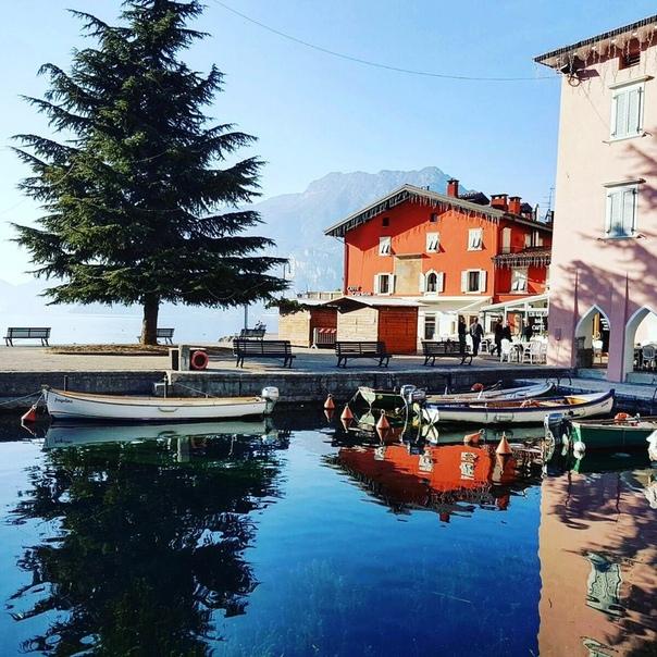 🇮🇹 Летим на озеро Гарда: авиабилеты в Верону за 11100 рублей туда-обратно из Москвы осенью