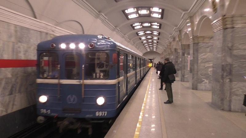 Метропоезд Ем №112