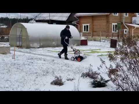 Современные инструменты для уборки снега в деревне zen.yandex.ru/villager