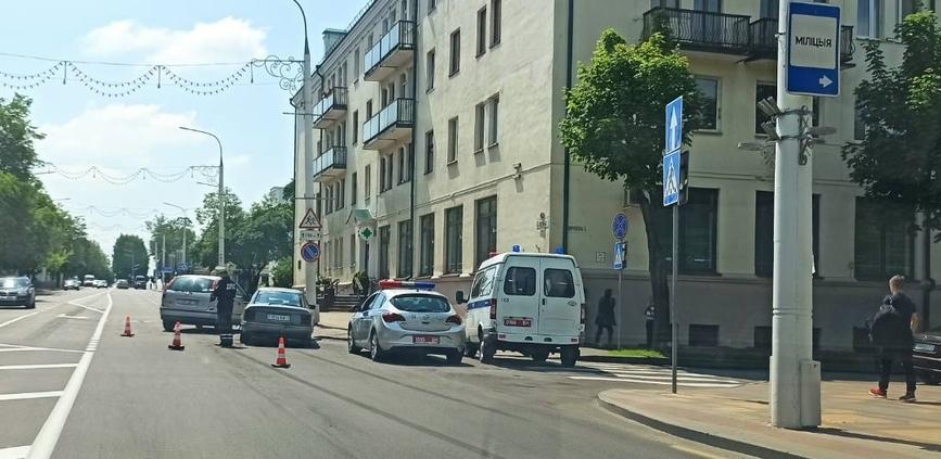 В городе много ДТП, что такое происходит, почему они бьются?