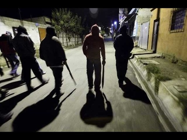 Банда неповнолітніх наводить жах на мешканців Слобожанського