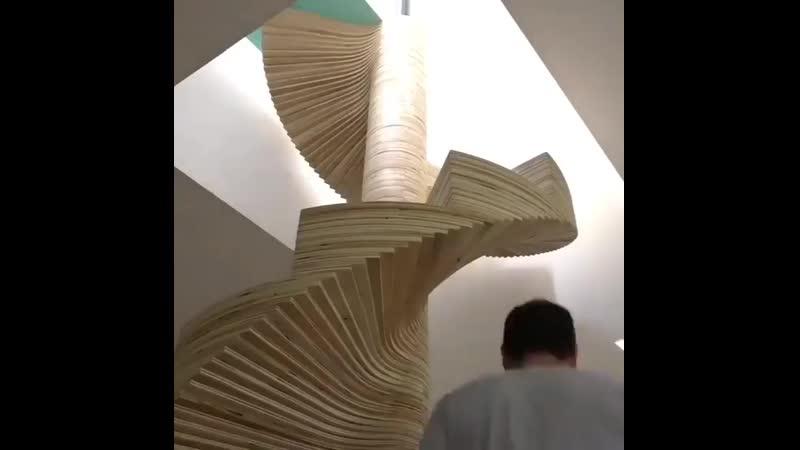 Идея винтовой лестницы