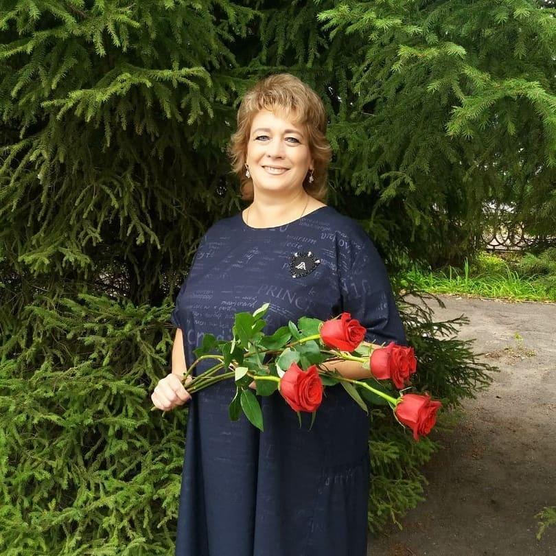 Петровчанка Наталия КАЩЕЕВА стала одним из победителей регионального конкурса на присуждение премий лучшим учителям