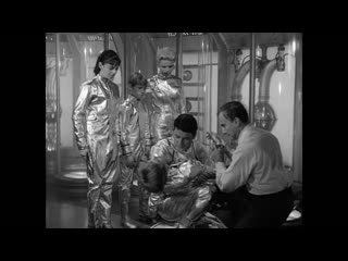 Lost in Space (s01e01) The Reluctant Stowaway
