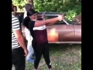 """""""Твою ж мать, он что, сам стреляет"""""""
