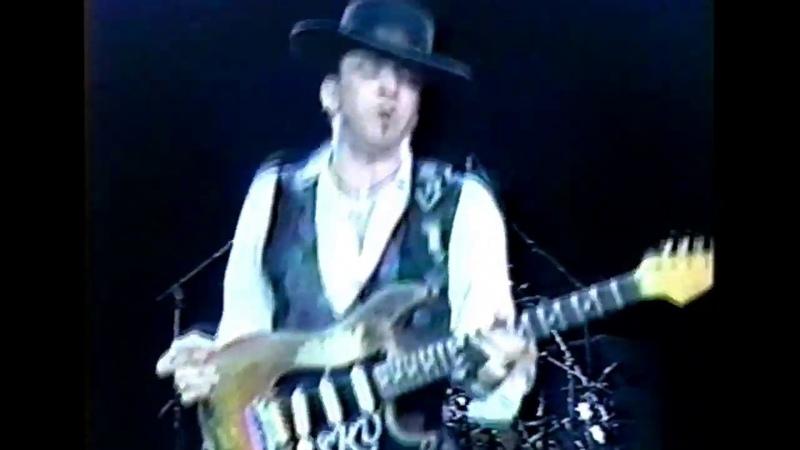 Stevie Ray Vaughan Live @ Fiddler's Green Denver CO 07 17 1990