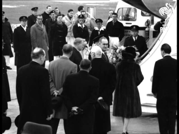 Queen Leaves For Fiji (1963)