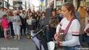 Почему эта девочка до сих пор поет на улице ? | Allie Sherlock