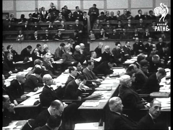Le Vicomte Cecil Aka Lord Cecil Speaks At League Meeting 1931 1931
