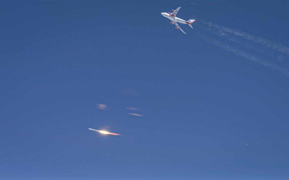 Первая попытка запуска на орбиту Virgin Orbit прервана вскоре после сброса ракеты. NSF.