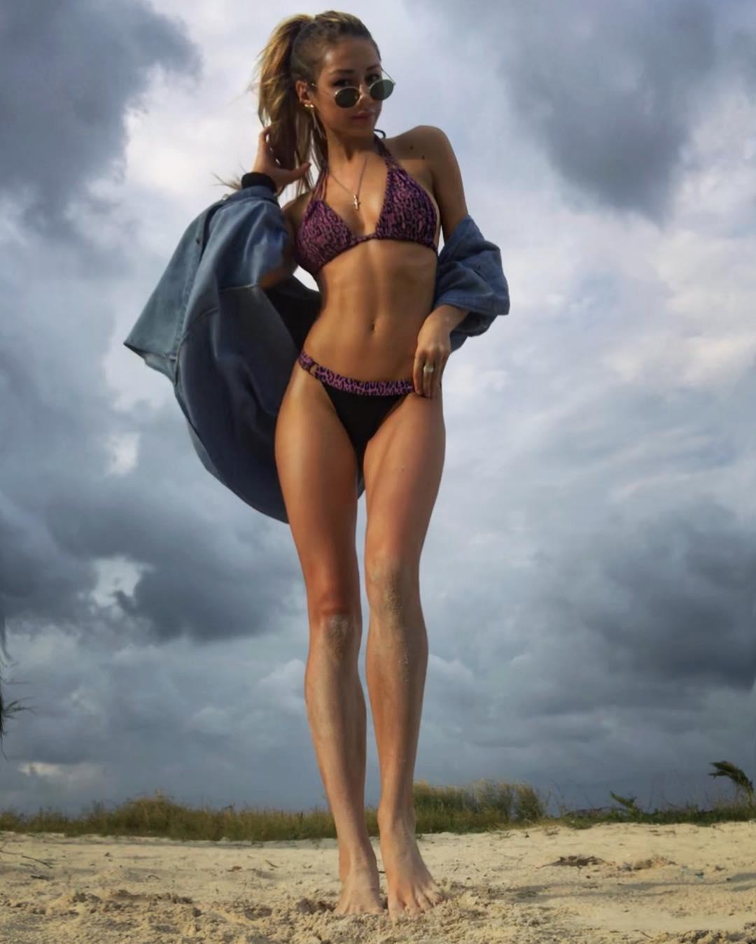 Идеальная фигура Леры Козловой