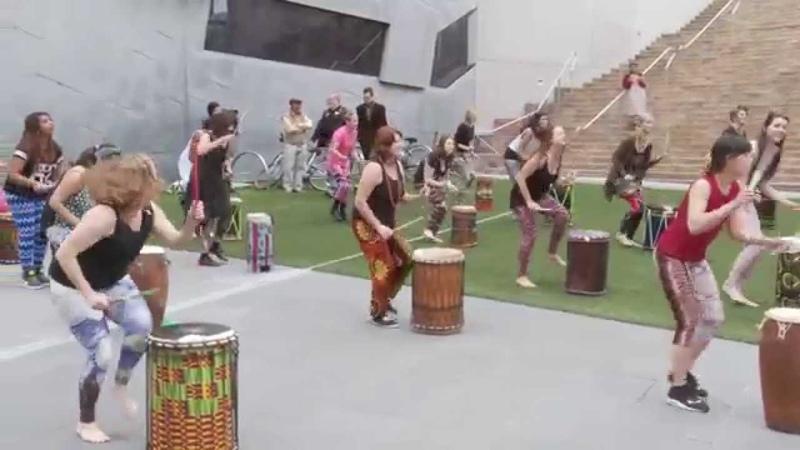 Dundun dance flash mob - Melbourne Djembe