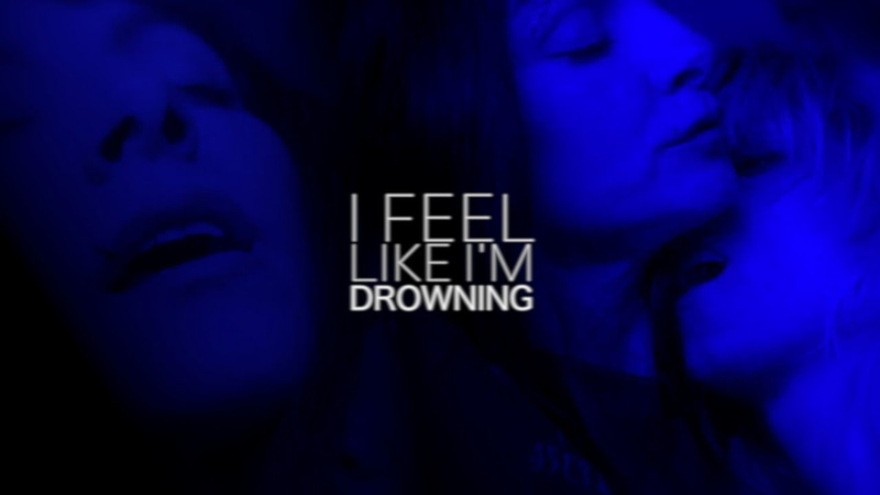 I FEEL LIKE I`M DROWNING. [ZULEMA AND MACARENA]