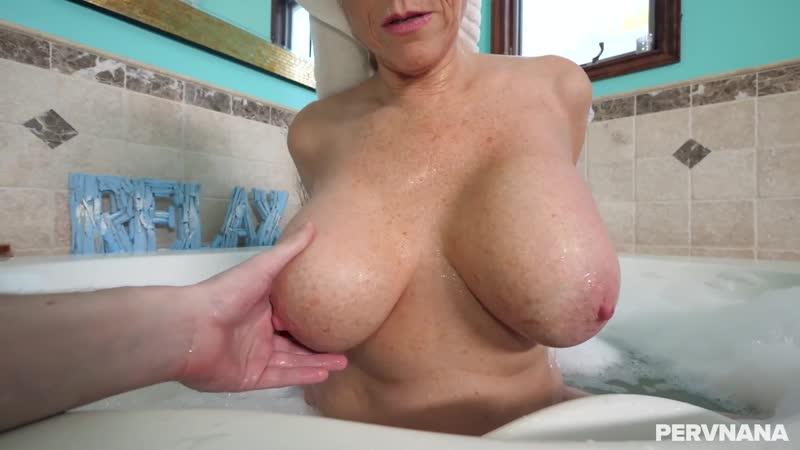 Сын трахает зрелую маму как хочет, POV sex home porn milf mature granny mom tit