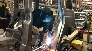 Сварка кузова УАЗ Патриот. Как это делают на Ульяновском Автомобильном Заводе
