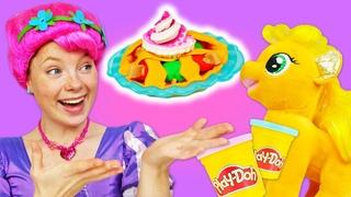 Play Doh Schule. Apfelkuchen aus Knete für My little Pony. Spielzeug Video mit Irene