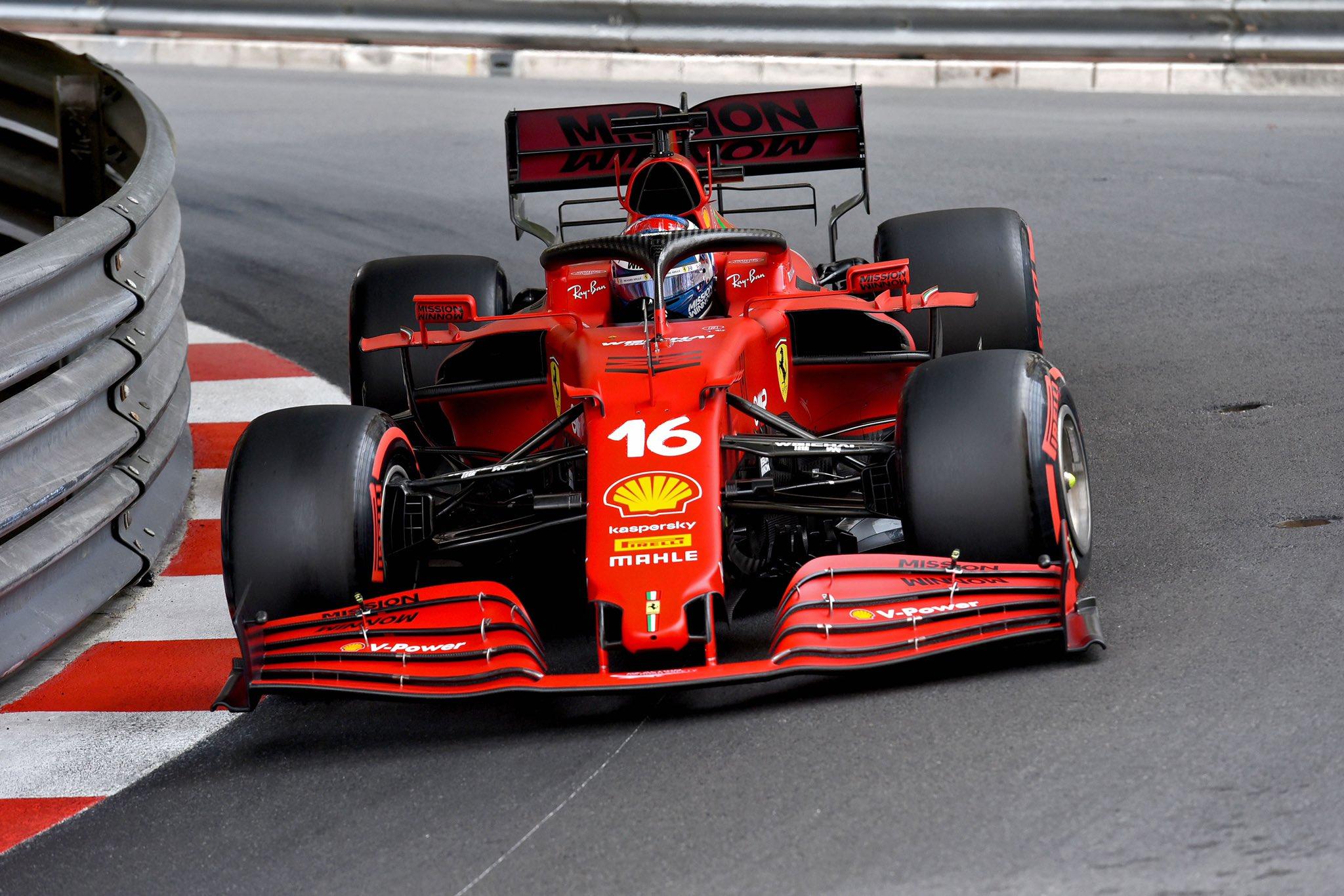 Шарль Леклер выигрывает квалификацию гран-при Монако 2021 года