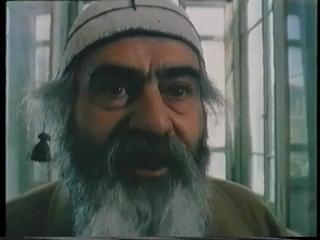 Национальная бомба -  Вагиф Мустафаев (2004)    Фильм - шедевр! Потрясающее чувство юмора и сюр.
