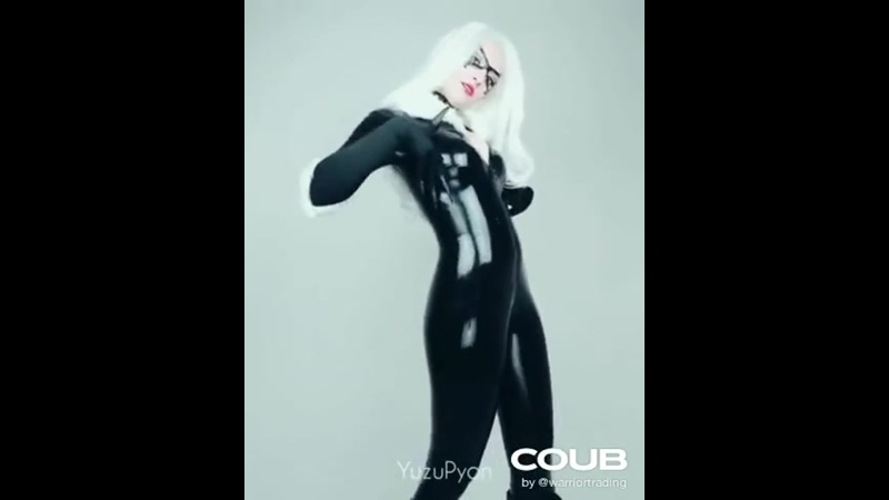Black Cat Spiderman Cosplay Dance by @