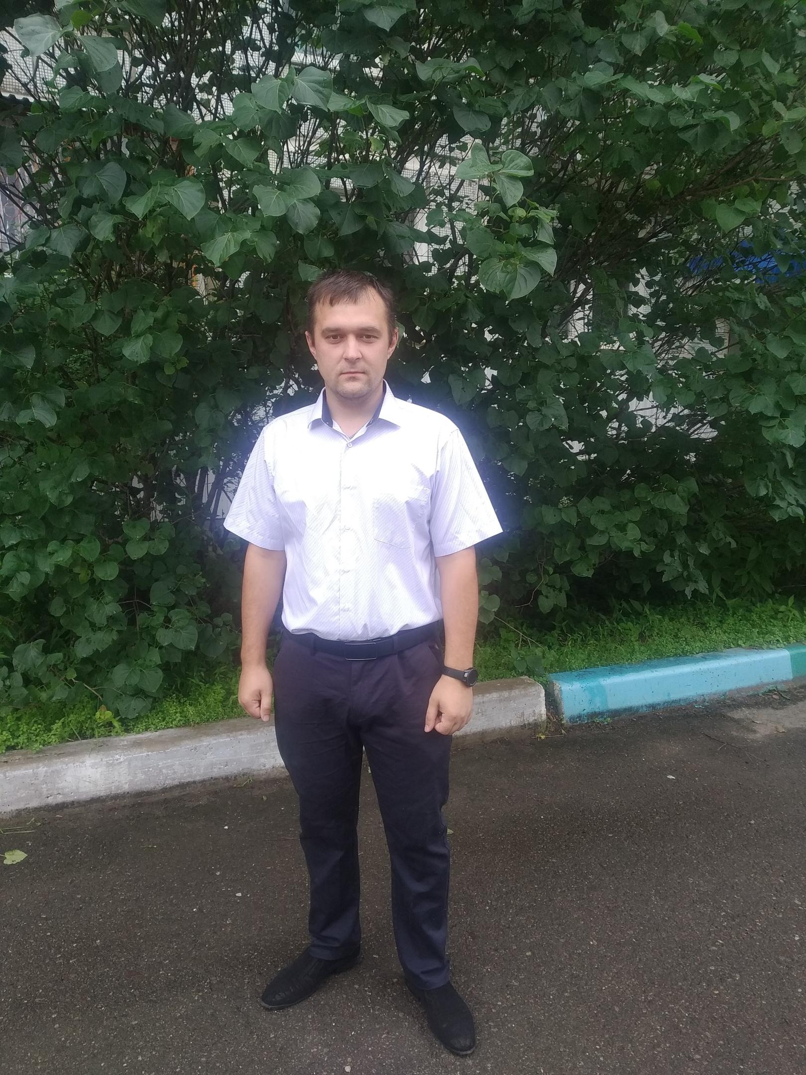 Дмитрий, 26, Chegdomyn