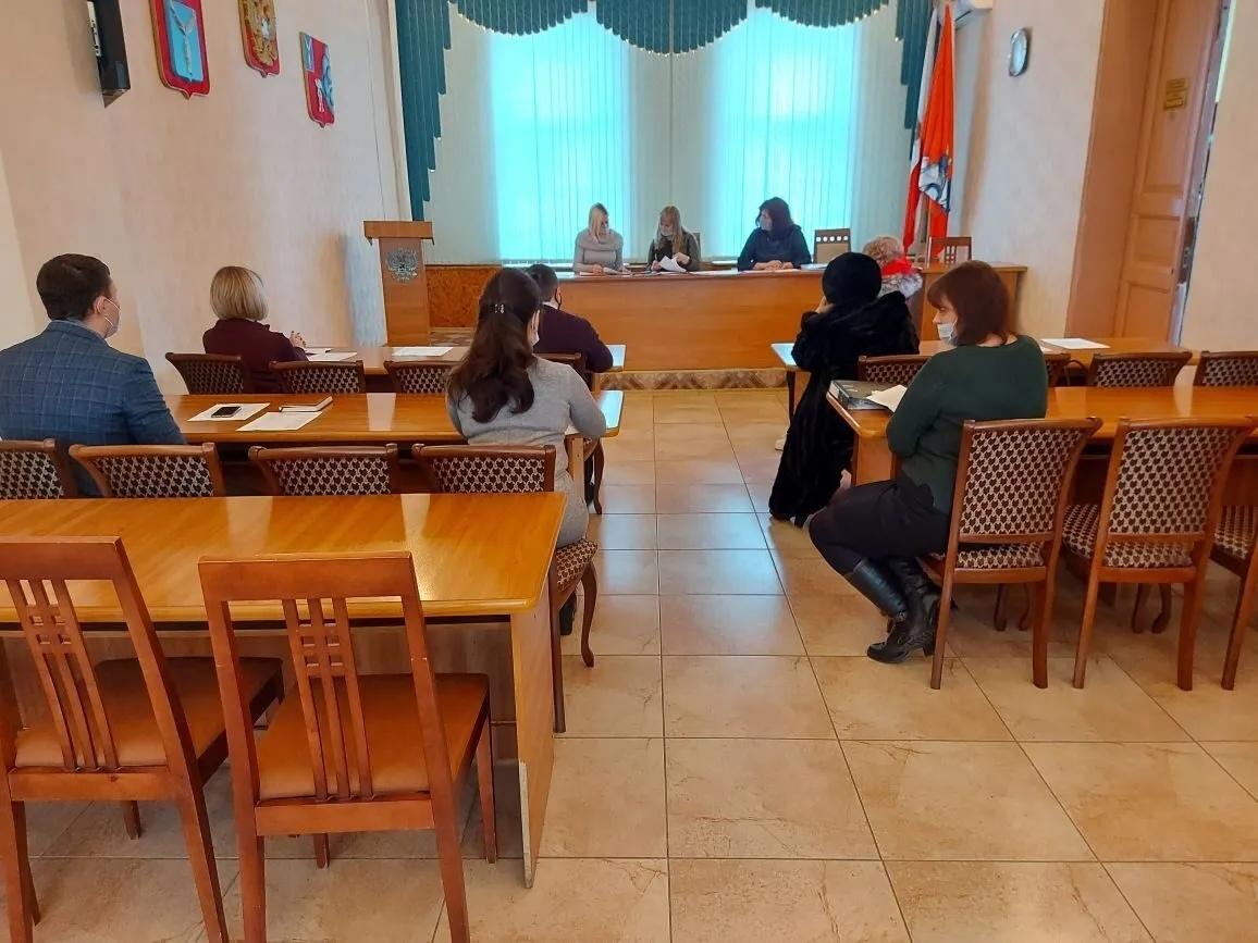 Состоялось заседание межведомственной комиссии по организации деятельности, направленной на снижение в Петровском районе неформальной занятости