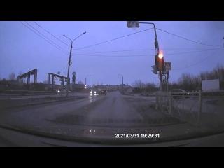 Не проскочил на жёлтый. ДТП Северодвинск.