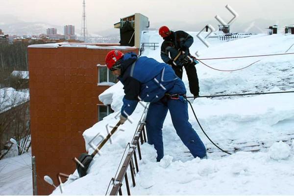 Уборка снега с крыш цена Железногорск