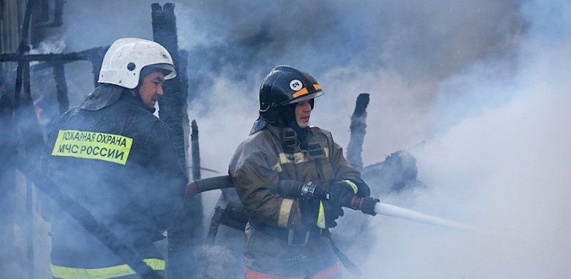 В Таганроге при пожаре в частном дом пострадал человек