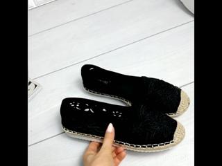 Балетки с вышивкой_черные