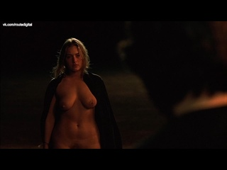 Kate Winslet, Sophie Lee Nude - Holy Smoke! (1999) HD 1080p Web Watch Online