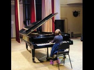 П.И.Чайковский «Немецкая песенка» («Детский альбом»), исполняет Иванова Елена (7 лет)