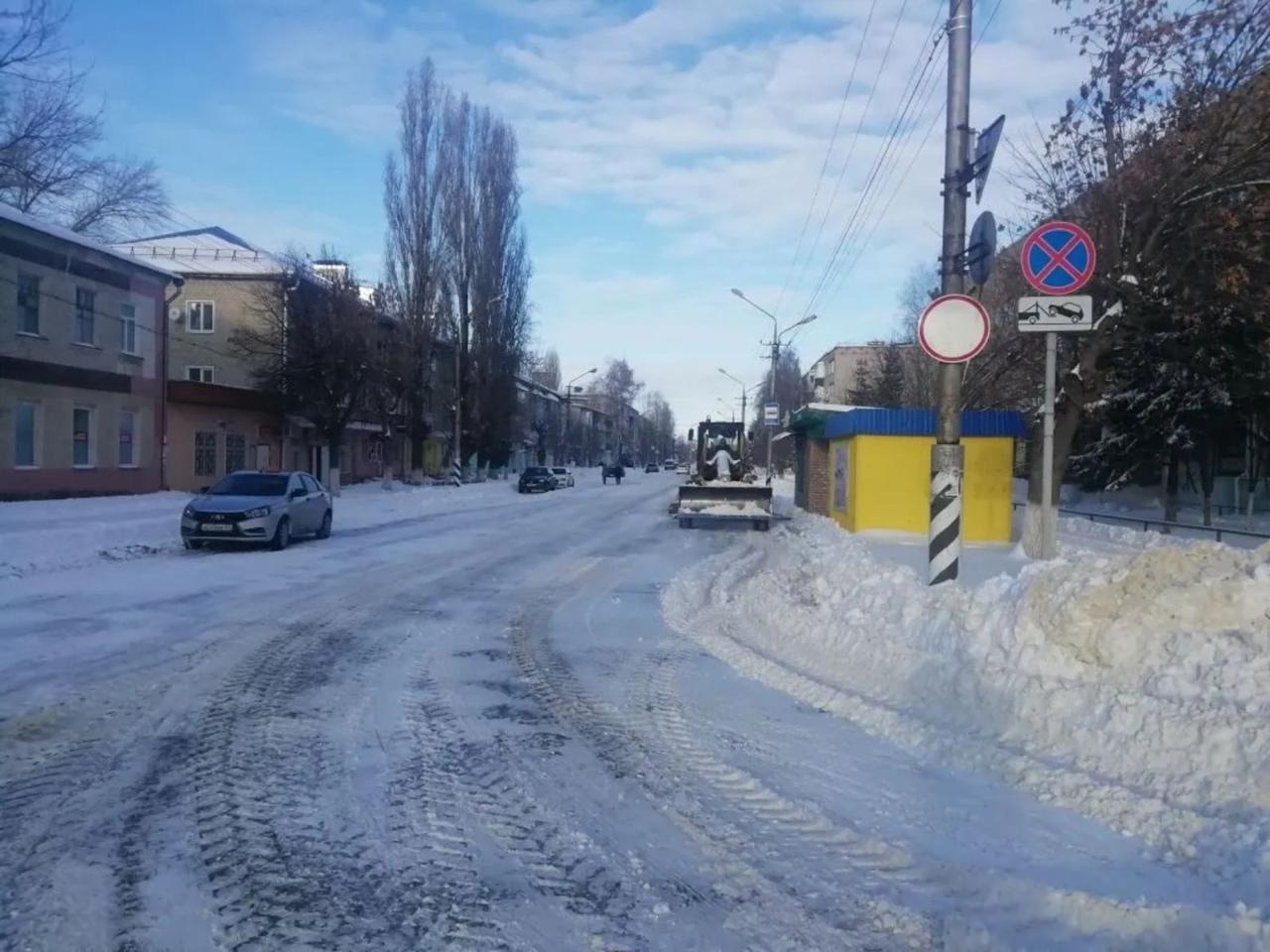 Руководство МКУ «Благоустройство» информирует о порядке расчистки снега на дорогах Петровска