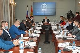 Игорь Артамонов обсудил с предпринимателями социальные инициативы бизнеса