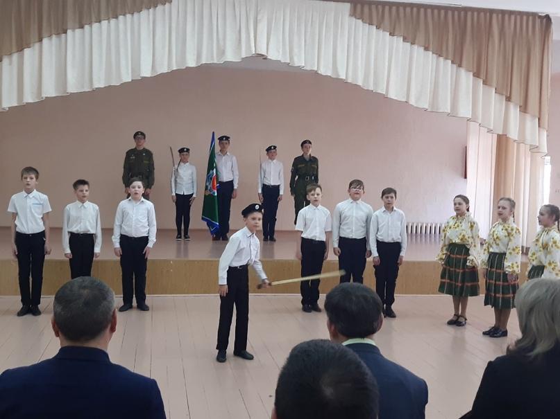 Приезд генерала В. И. Романова в г.Касли., изображение №4