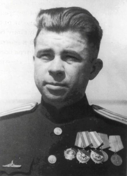 Маринеско А.И., командир ПЛ «С-13», Герой Советского Союза.