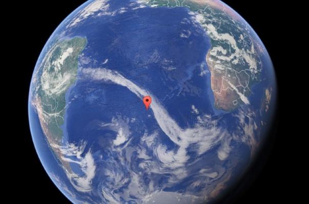 Точка Немо самая недоступная на всем земном шаре В Тихом океане есть условная точка, которая наиболее удалена от какой-либо суши. Ближайшая к ней земля находится на расстоянии 2 688 км. Это