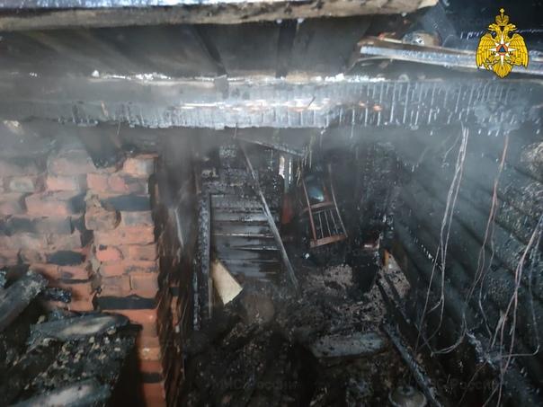 В Рославле на улице Чехова случился пожар в бане12 октябр...