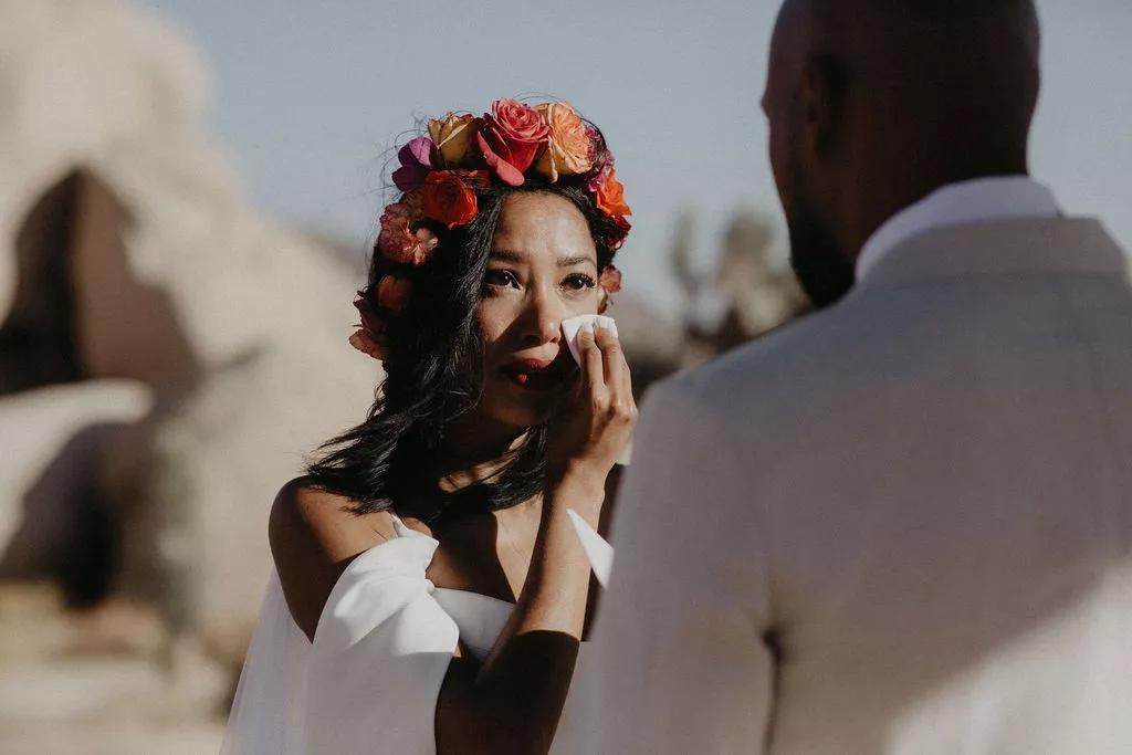 fIqW1ALC9Oo - Найти свадебного ведущего оказалось проще простого