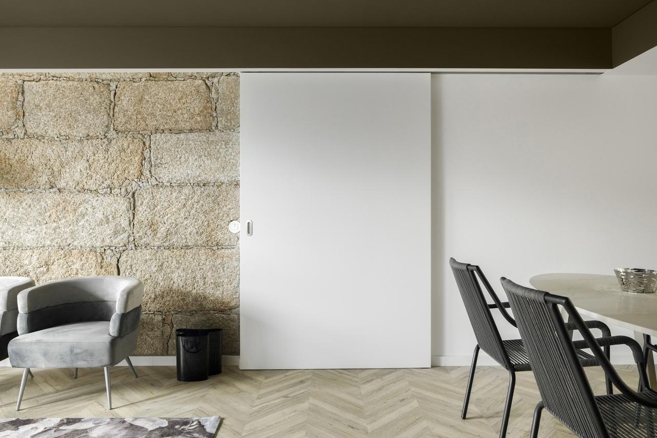 InStone Apartment / Atelier DRK