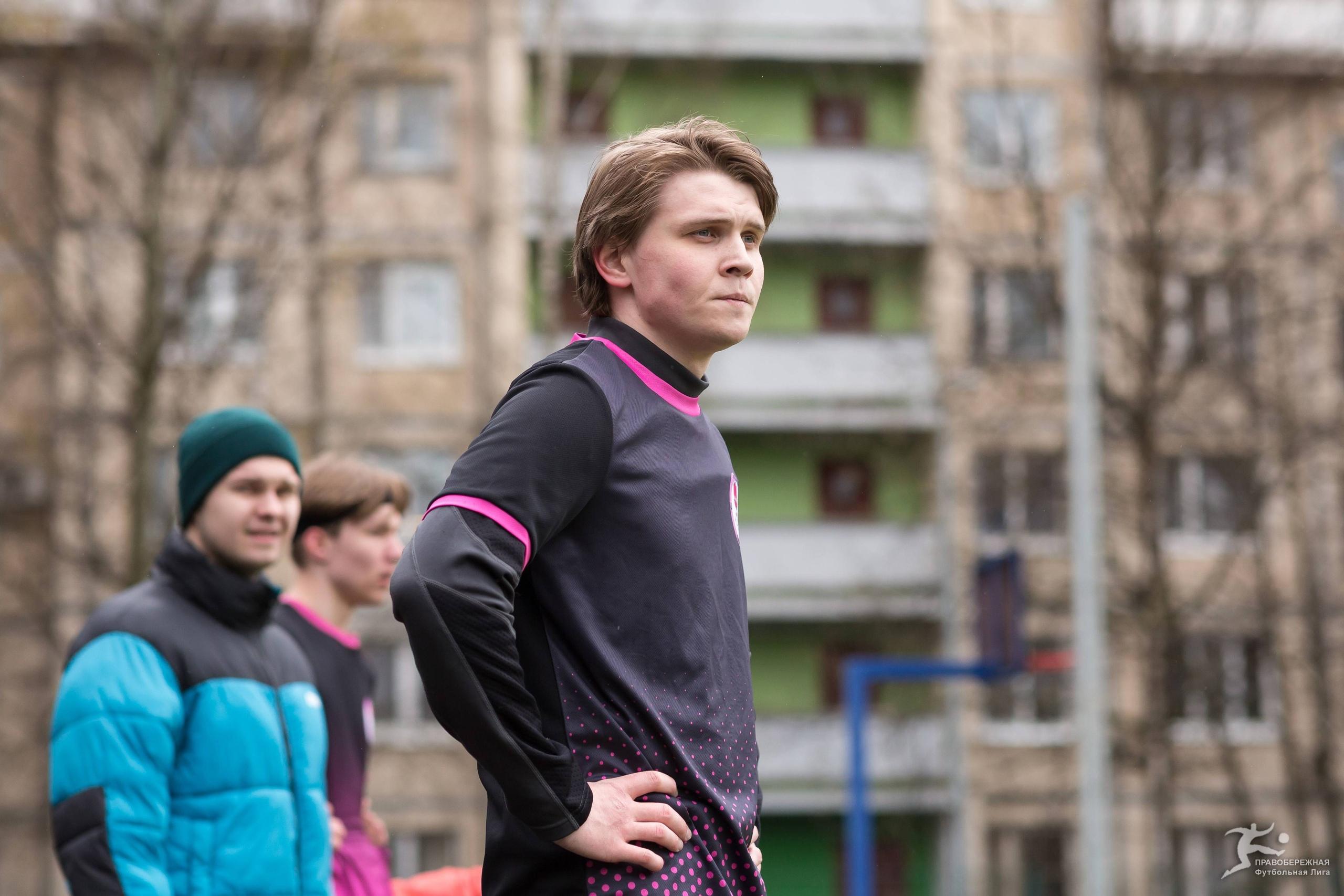 Дмитрий Ревякин (Черти)