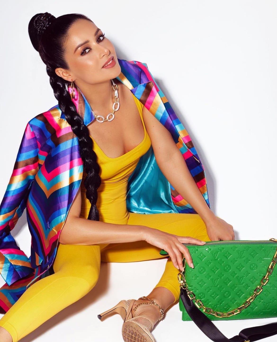 Bachelor Bachelorette Franchise - Fashion - All Countries - Discussion  B36LSq5jCok
