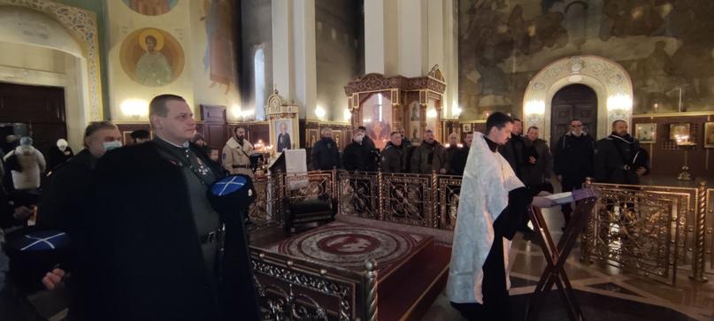 Молебен за упокой убиенных предков, изображение №4