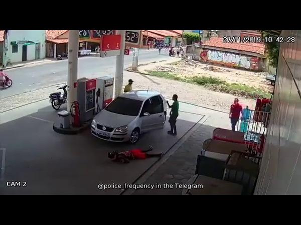 Фатальный для грабителей налет на заправку в Бразилии