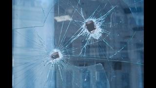 В Воскресенске неизвестные обстреляли две квартиры и чуть не убили полицейского.Эксперты не приехали