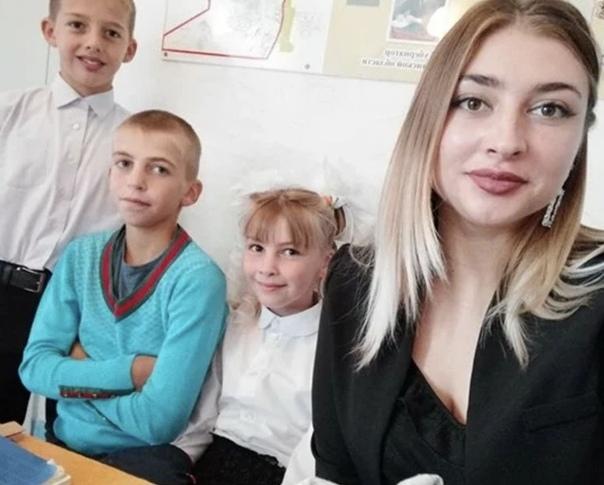 Девушка в 19 лет абсолютно одна содержит 6 братьев и сестер