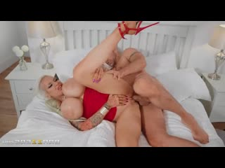 Brazzers: Sophie Anderson - girl love suck and fuck on bed (porno,full,xxx,sex,couples,busty,milg,pussy)